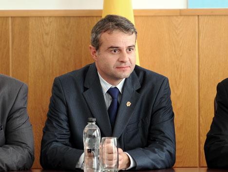 Fostul prefect al județului Covasna, dr. Codrin Munteanu, primul prefect care a pus capăt arborării ilegale a drapelului secuiesc pe clădirile publice ale statului român