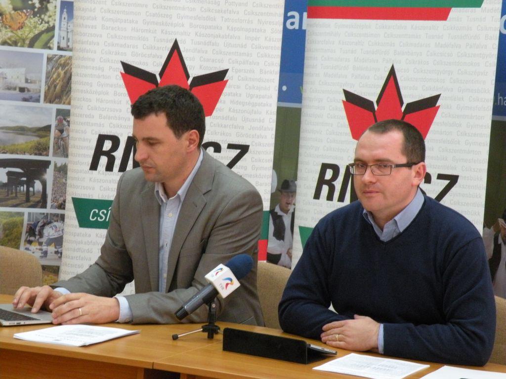 UDMR-iștii Tanczos Barba (stânga) și Korodi Attila (foto: radiomures.ro)