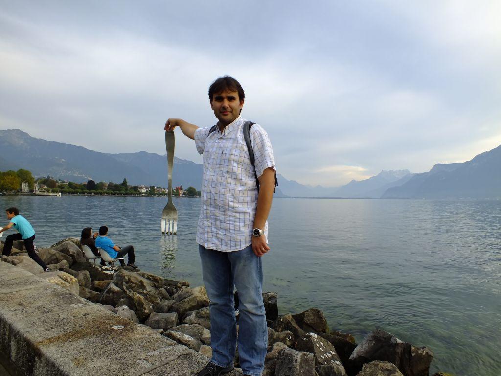 Cristi pe malul lacului Geneva
