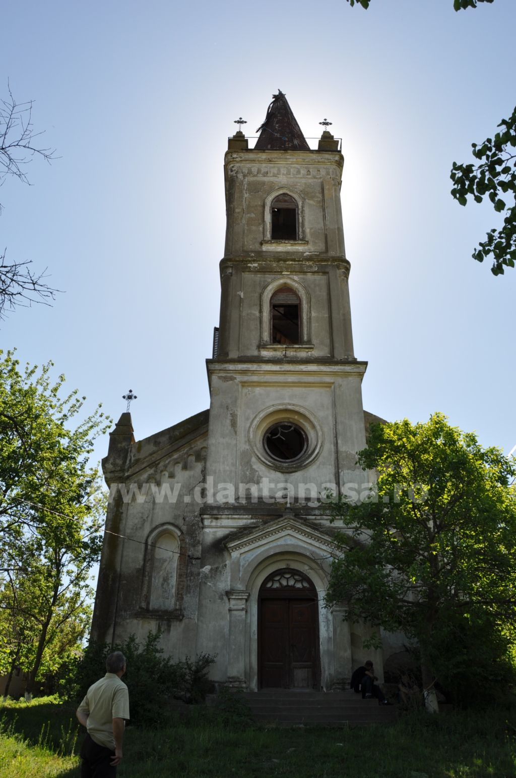 Biserica germana Malcoci Tulcea fata