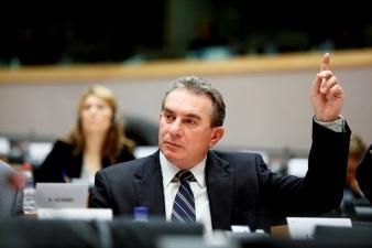 1370279374Iuliu-Winkler-europarlamentar-UDMR-È-i-preÈ-edinte_==_iso-8859-1_Q_Iuliu-Winkler-europarlamentar-UDMR-Ã-Â-i-preÃ-Â-edintele-organiza È-iei-UDMR-Hunedoara