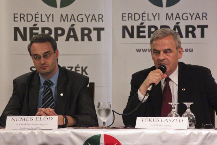 Nemes Elod, președintele PPMT Sfântu Gheorghe și președintele PPMT, Laszlo Tokes (FOTO: nemeselod.ro)