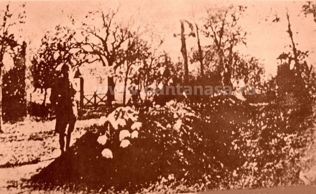 Ip, jud. Sălaj, mormântul comun al celor 155 de țărani români uciși de honvezii unguri în 13-14 sept 1940.