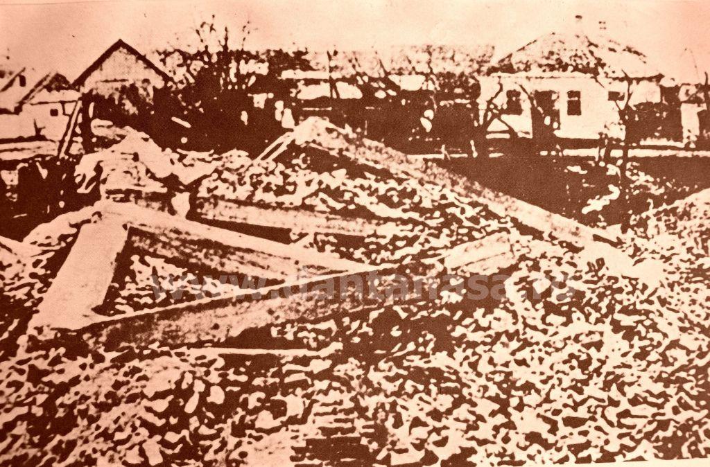 Căpeni (azi în jud. Covasna), octombrie 1940. Biserica românească, din 1876, distrusă de unguri
