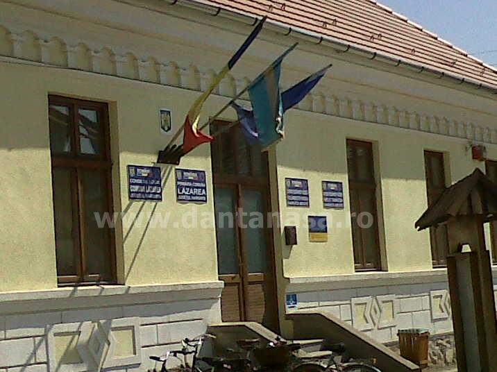 Sediul Primăriei comunei Lăzarea