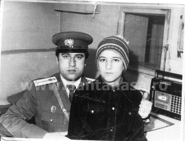 1983. Agache Aurel alături de fiul său, Aurel Dionisie