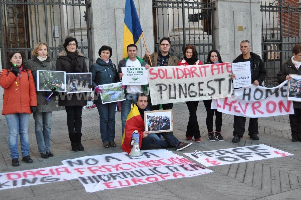 Protest Ambasada SUA Madrid solidaritate Pungesti go home Chevron 29 decembrie 2013 14