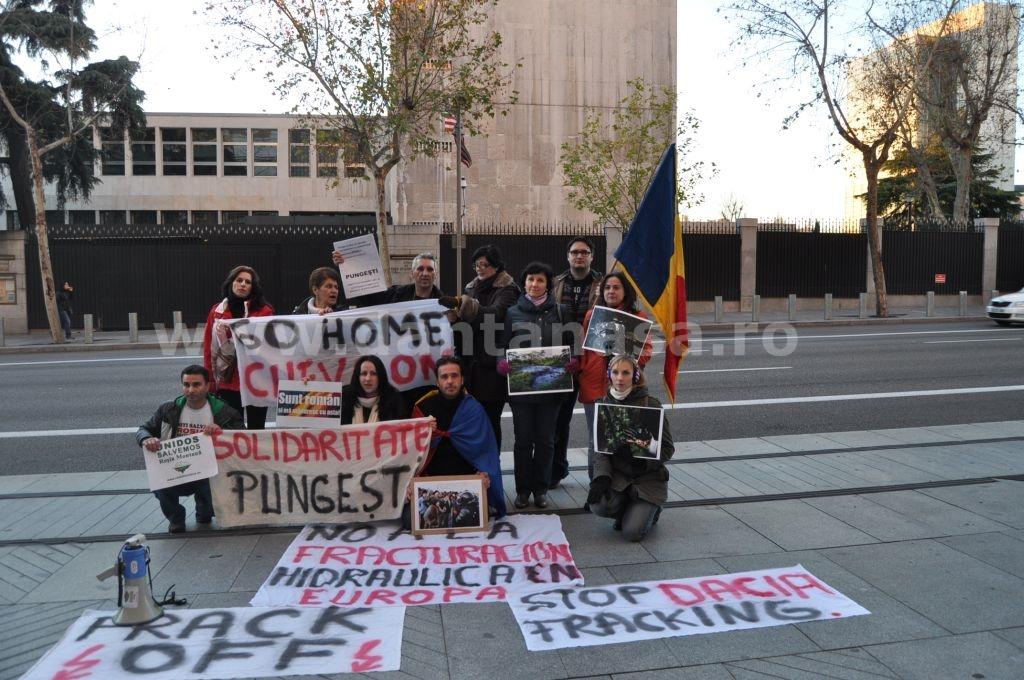 Protest Ambasada SUA Madrid solidaritate Pungesti go home Chevron 29 decembrie 2013 15