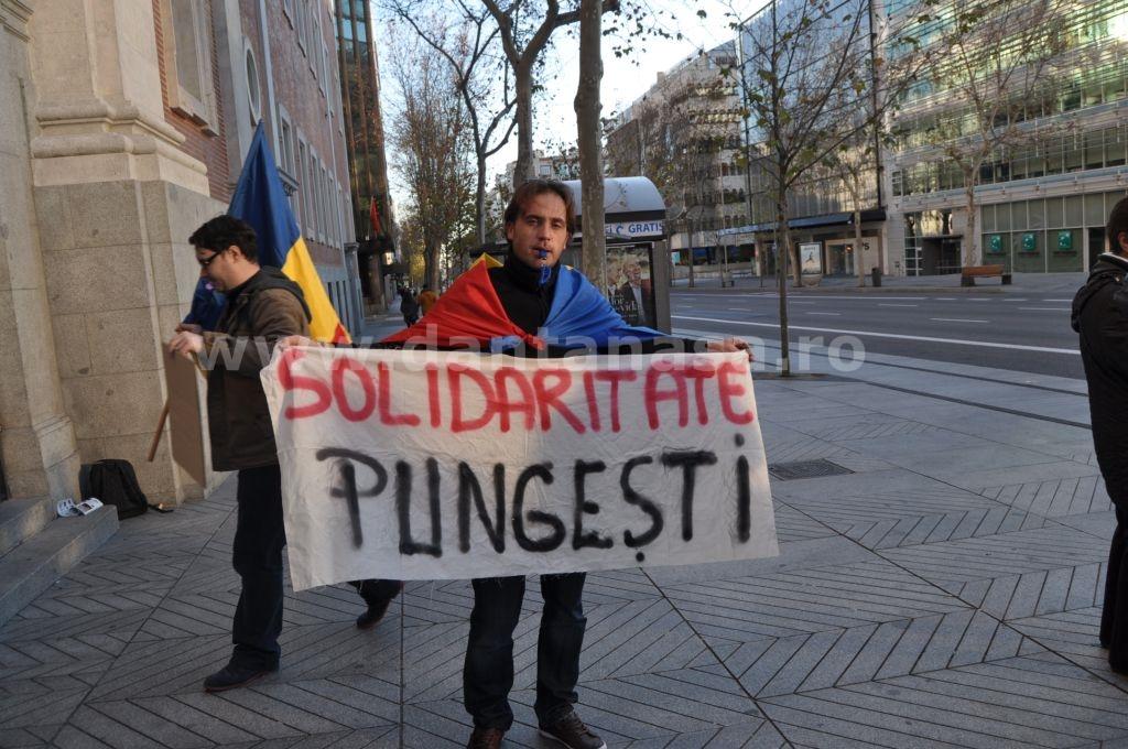 Protest Ambasada SUA Madrid solidaritate Pungesti go home Chevron 29 decembrie 2013 4