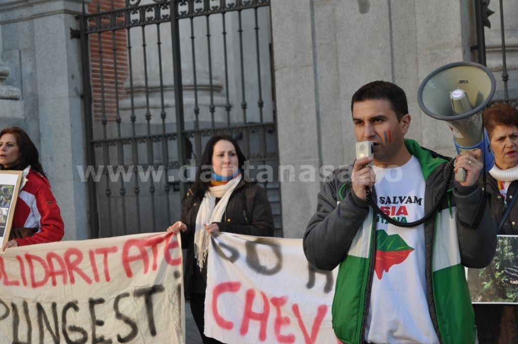 Protest Ambasada SUA Madrid solidaritate Pungesti go home Chevron 29 decembrie 2013 7