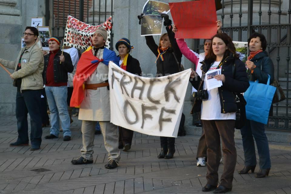 22 decembrie 2013. Ambasada SUA din Madrid. (FOTO: Liliana Manolache)