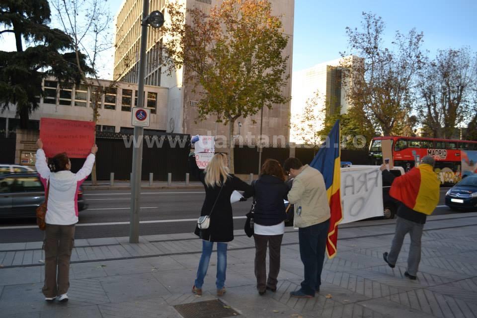 protest Chevron ambasada SUA Madrid 22 decembrie 2013 no fracking