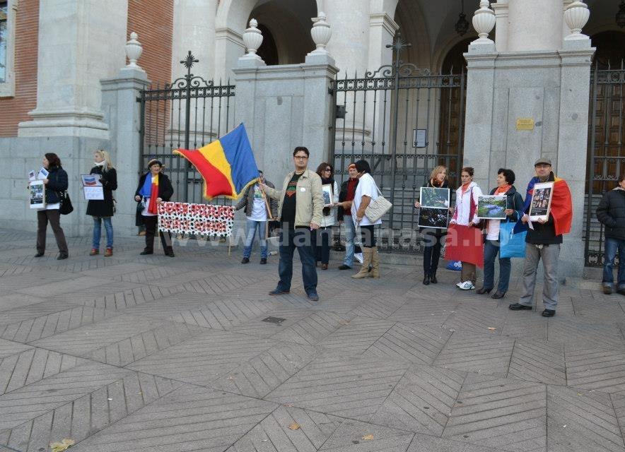 protest Chevron ambasada SUA Madrid 22 decembrie 2013