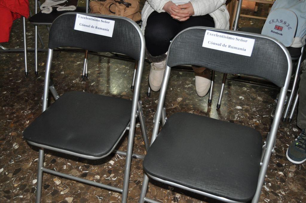 Radu Cătălin Mardare, Șeful Oficiului Consular al României la Castellon de la Plana, a fost așteptat în zadar de către participanți (FOTO: Dan Tanasă)
