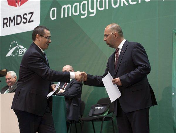 Victor Ponta și Kelemen Hunor (FOTO: magyarhirlap.hu)
