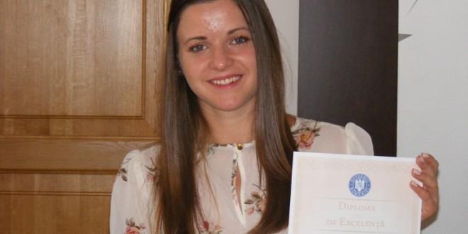 Raluca-Maria Suciu a fost premiată de Minister pentru media 10 de la BAC