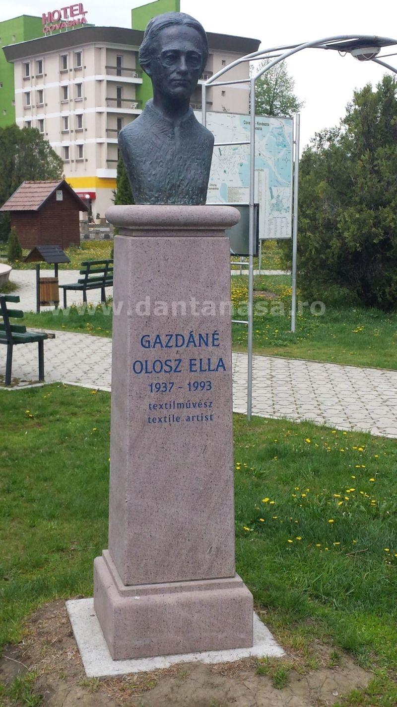 monument gazdane olosz ella covasna limba maghiara