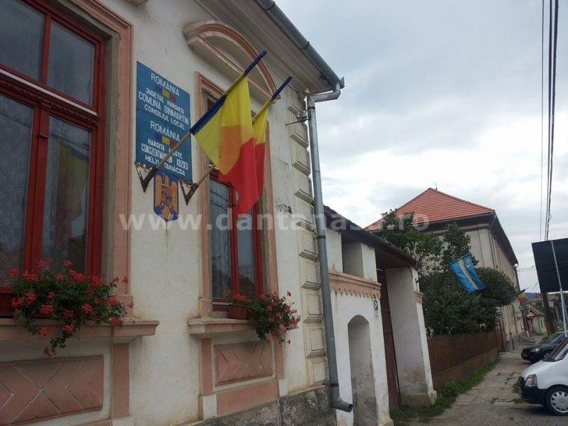 primaria sinmartin harghita steag secuiesc septembrie 2014
